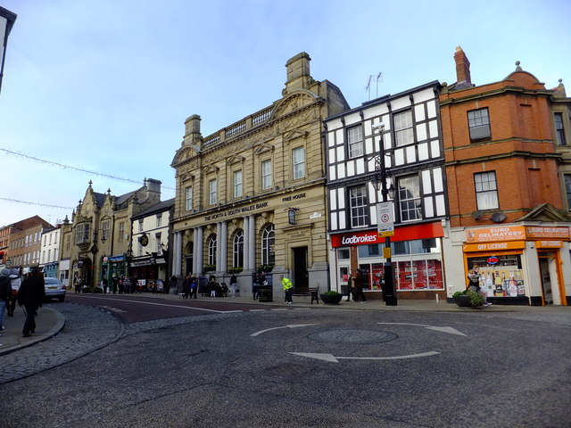 Starting a business in Bangor, Colwyn Bay, Rhyl or Wrexham town centre